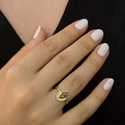 טבעת כתר מניפה פרידוט ויהלומים או ספירים לבנים