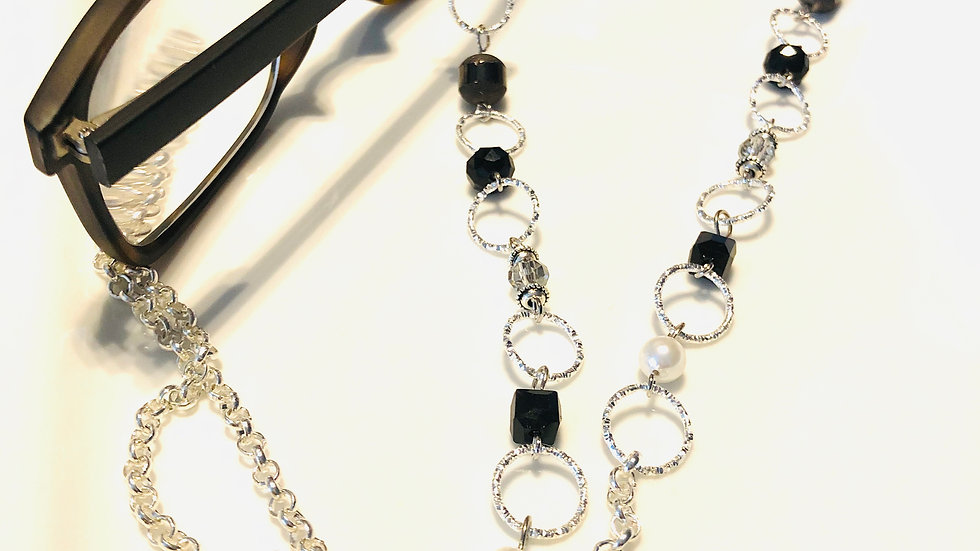 Black Eyeglass chain
