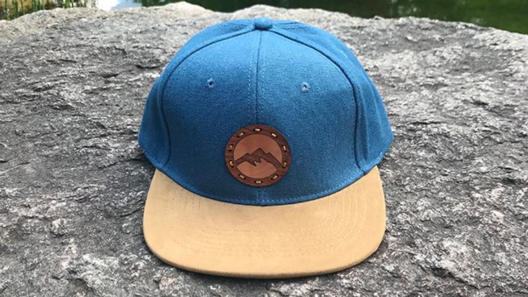 Lui - Holzemblem Berge Snapback Cap Blau/Holz - Wolle / Wildleder