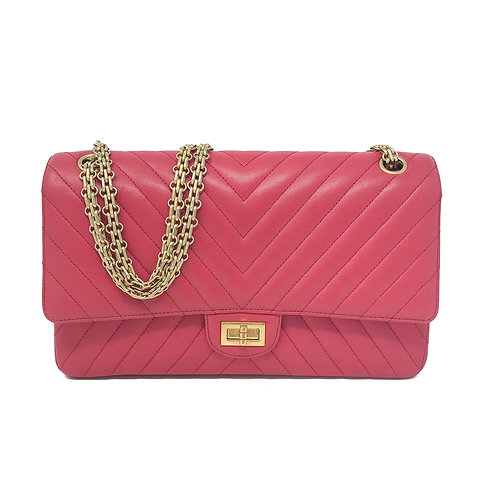Chanel 2.55 Reissue Classic Flap Chevron Quilted 226