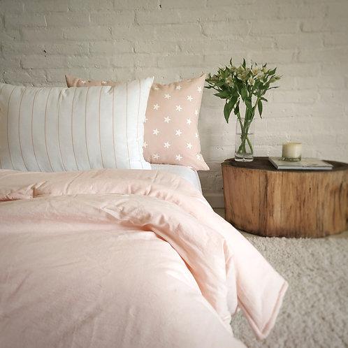 COMBO cama plaza y media acolchado liso+ 2 almohadones 50x70