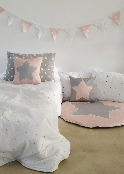 COMBO cama CHICOS acolchado estampado plaza ymedia+1 almohadon 50x70+2 alm.40X40