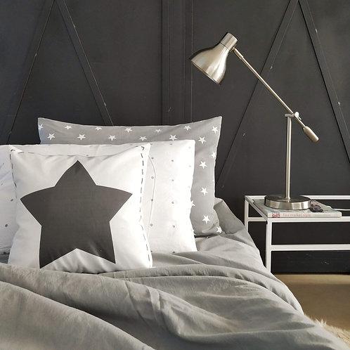 COMBO cama CHICOS liso TWIN+ 1 almohadon 50x70+ 2 almohadones 40X4