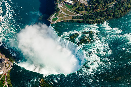 fantastic-aerial-views-of-the-niagara-fa