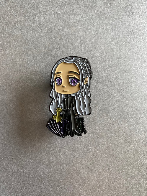 CLEARANCE PIN - GOT khaleesi