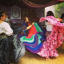 Grupo_de_Dança_Cigana_Casa_de_Bruxa.jpg