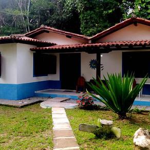 Ref.: 446 -  Casa com duas semi - suítes próxima ao centro de  Arraial d'Ajuda