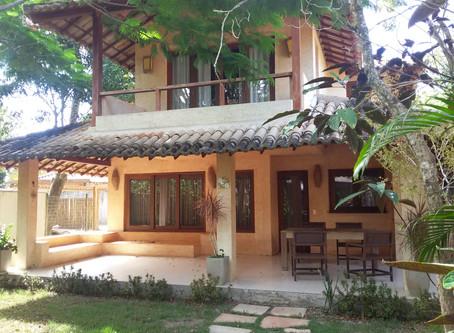 Ref.: 367 - R$ 850 mil - Casa com 04 dormitórios, próximo a Praia de Araçaipe