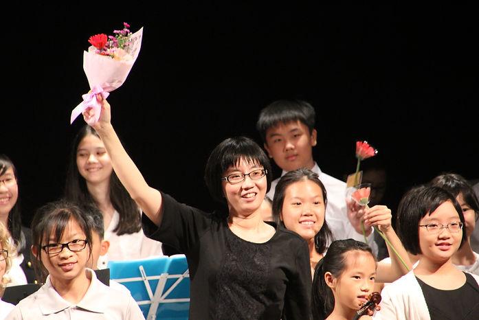 Una Lauw at her Concert