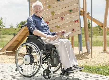 Elektrische Fahr- und Schiebehilfen für Rollstühle