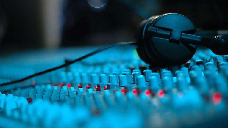 Sound-Design-min.jpg