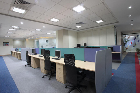 Modular workstations at Futures First
