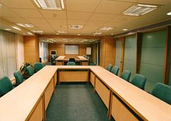 GSK - modular conference room