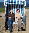 Ursula Greven und Holger Mantey im Strandkorb