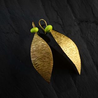 Boucles d'oreilles feuilles.
