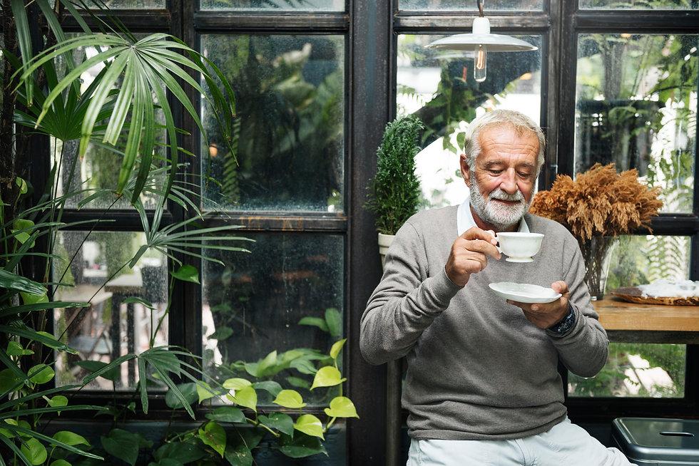 retirement-cafe-pensioner-leisure-rest-m