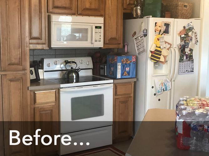 Kitchen-Before-_0000_Stove.jpg