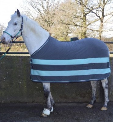 Aventus Ice Fleece Rug