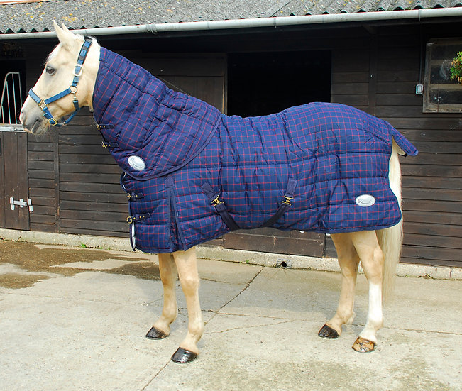 Rhinegold 'Orlando' Stable Quilt