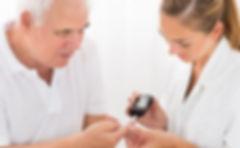 old-person-diabetes-mzhh6fqvbuyy9l25eo8y