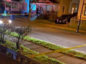 Male shot late night on Sidney Street
