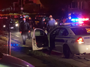 Police chase ends with 2 people arrested