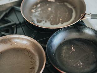 キッチン掃除苦手な人必見!!○○を使ってコンロの油汚れを一瞬で浮かす方法