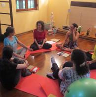 Isa Graciano, Educadora Menstrual: Oficina Fluxo Instintivo Livre - 2020. Foto: Daniella Ockner.