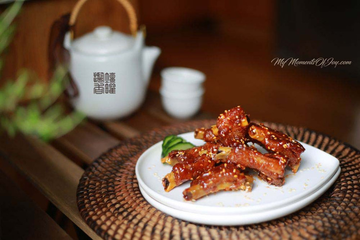 Sweet and Sour Spareribs [ 糖醋排骨 ]