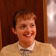Elizabeth Moss (Prosthetic fat makeup)
