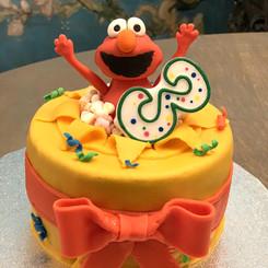 Surprise Elmo cake