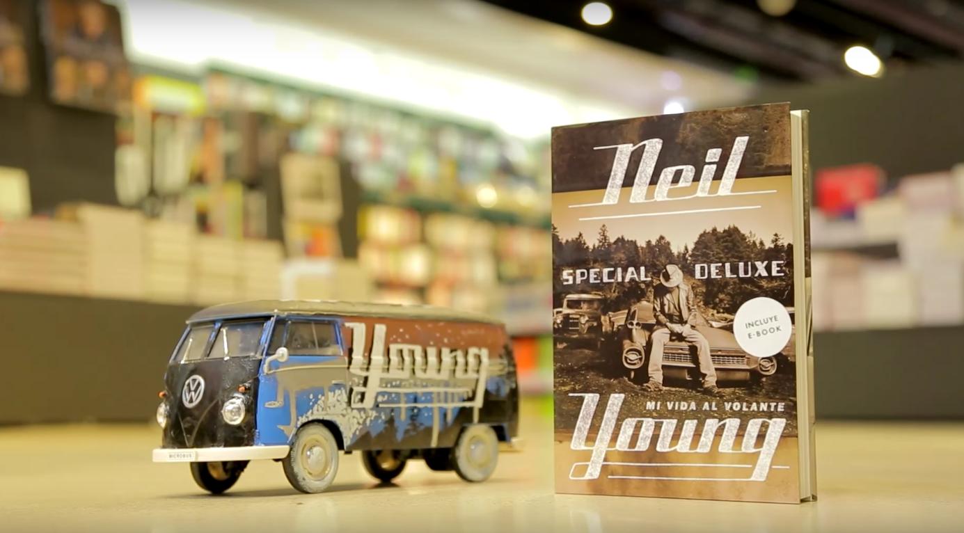 MALPASO. Nuevo libro de Neil Young
