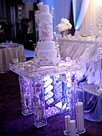 Acrylic Cake Table Deluxe