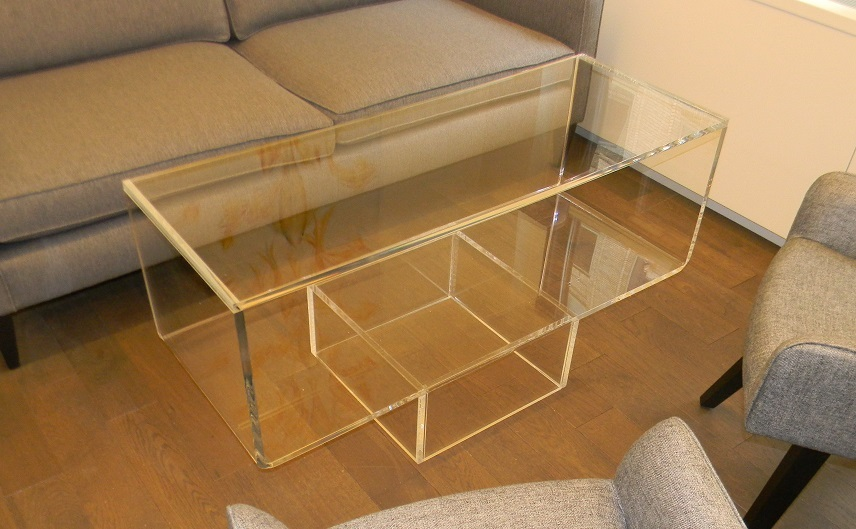 coffee table_acrylic_Lucite_upside down waterfall edge (1)