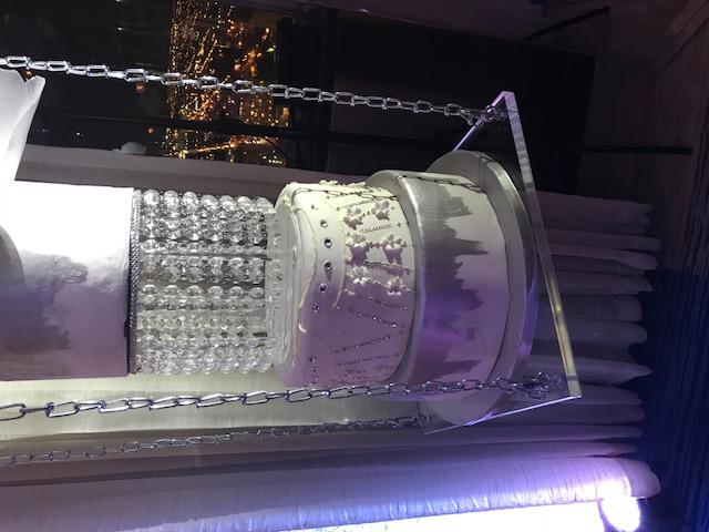 cake swing acrylic silver chain
