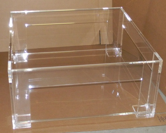 Acrylic coffee table with shelf