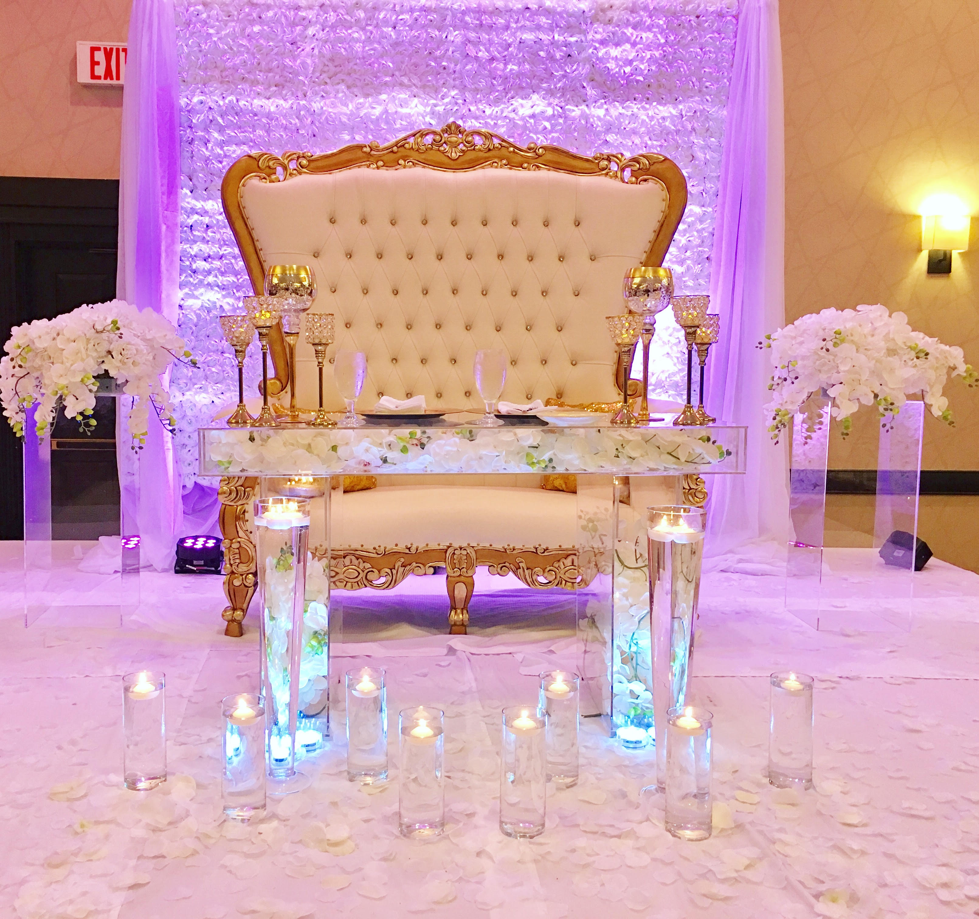 acrylic_bridal table_modular top_inset legs