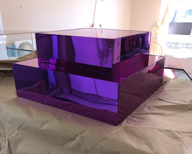 Purple mirror cake stand