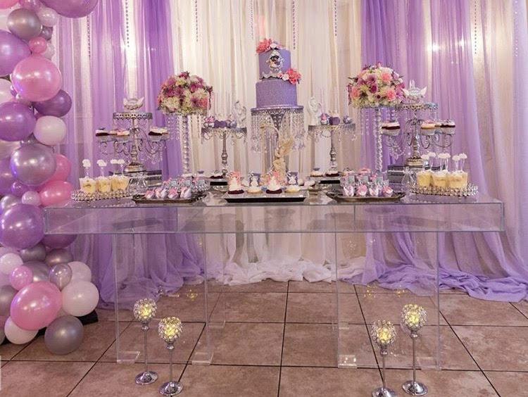 bridal table with pillar legs