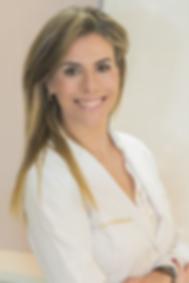 Dra Christiane Sampaio Nicolau, dermatologista no Ceclin São Camilo - Curitiba