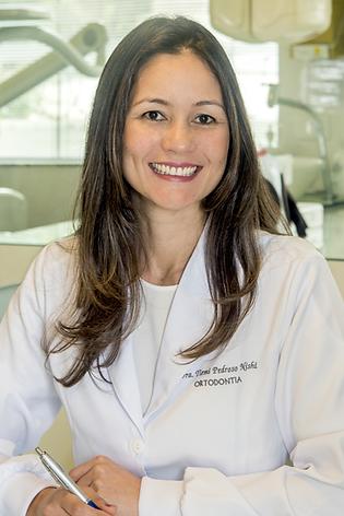 Tiemi Pedroso Nishi Dorigo - Ortodontista e Ortopedista Facial - Ceclin Curitiba