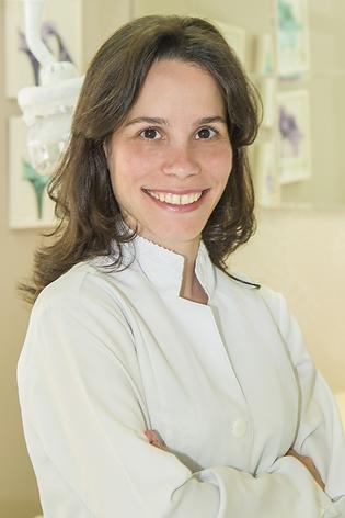Fernanda Maria Foltran Scucato - Ortodontista e Ortopedista Facial - Ceclin Curitiba