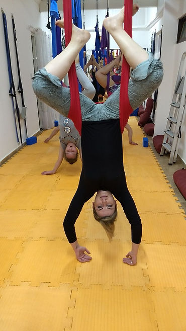 Aerial Yoga - Inovar Yoga