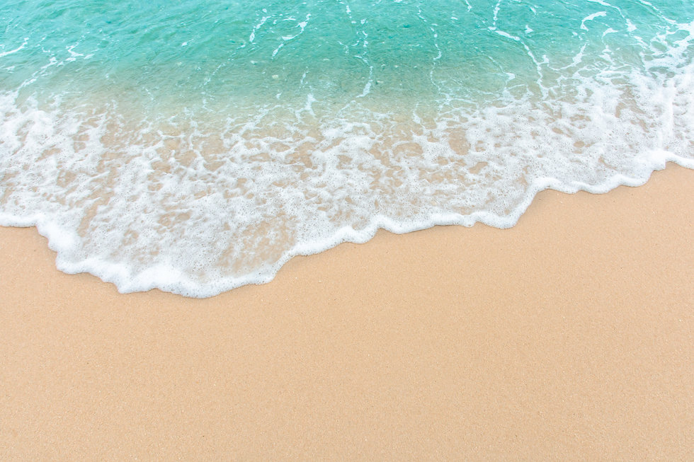 vecteezy_summer-beach-concept-of-an-ocean-wave-on-empty-sandy-beach_1226527.jpg
