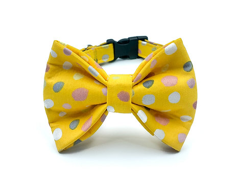 Yellow Bubbles Bow Tie Collar