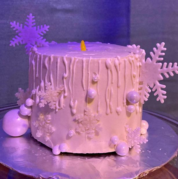 Snowflake Candle
