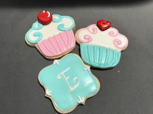 Cupcake and Monogram (blue)