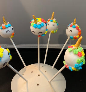 Unicorn Cake Pops 2