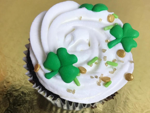 St. Patrick's Day Cupcake 1