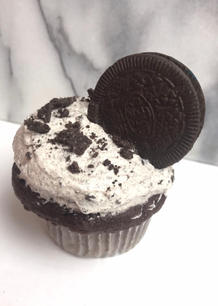 Cupcake with Oreo